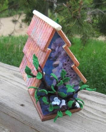 Finished-Birdhouse-backview
