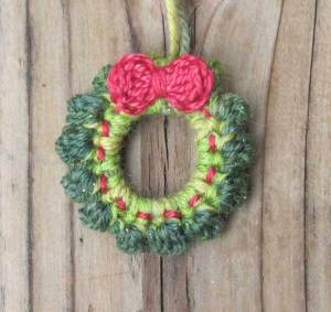 Little Christmas Wreath worked in Fingering Weight yarns