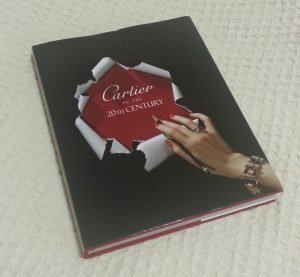 Den2 Cartier book