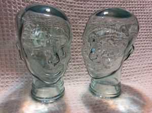 2 Glass Heads