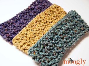 Hurry Up Holiday Cowl by Tamara Kelly/Moogly