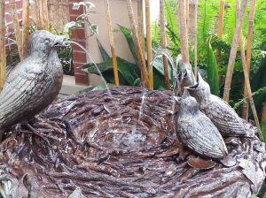 LG Birds Fountain