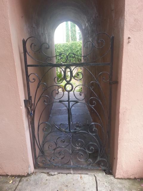 Anchor Gate