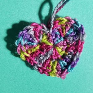 crocheted-love-rainbow-heart-andee-graves-m2h-designs